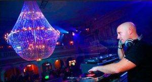 iluminacion noche vieja - loveland - dj