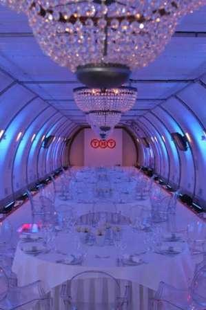 Cena de gala TNT en avion B747-400