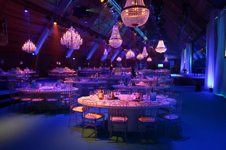 Decoracion gala de cena - Dowling iluminacion ...