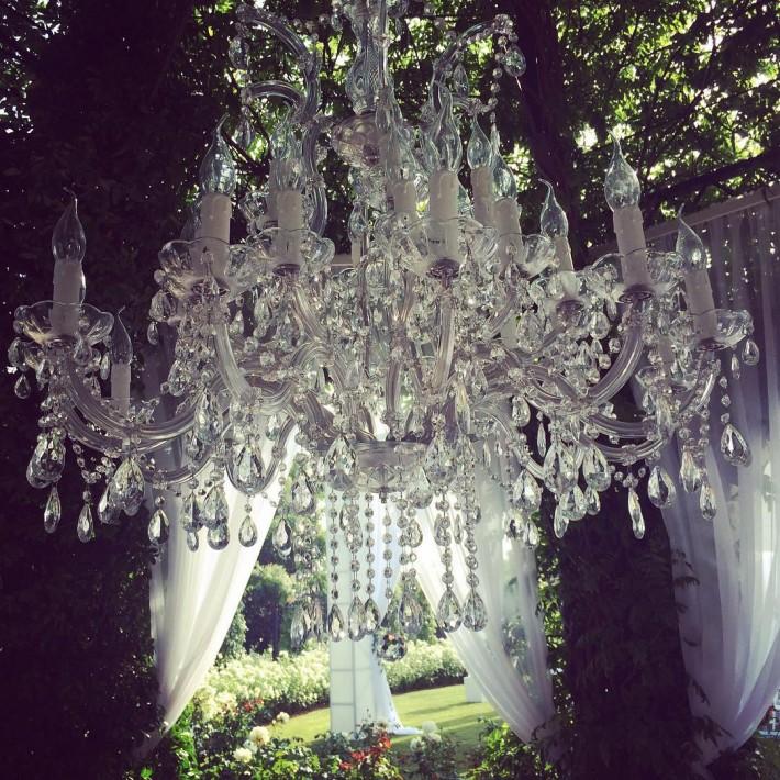 Lampara araña para boda en Marbella